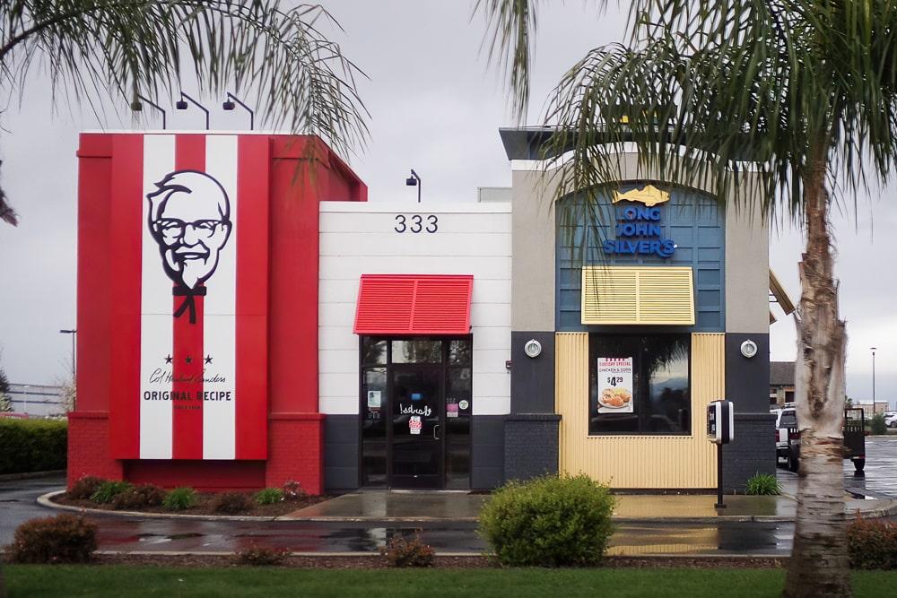 Aluminum Bahama Shutters - KFC/Long John Silvers - Dinuba, California