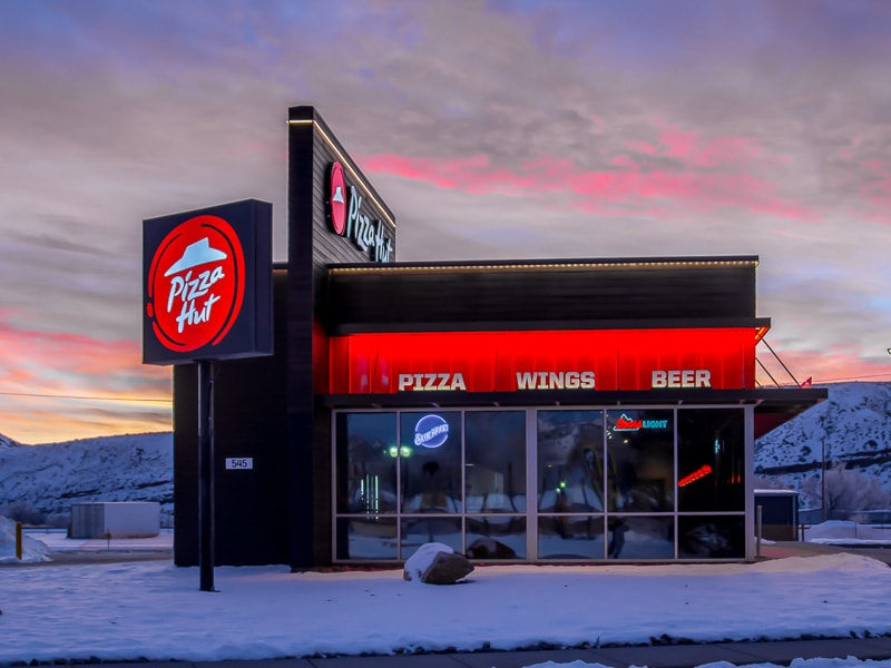 Awnex - Architectural - Canopies - Pizza-Hut - Thermopolis, Wyoming