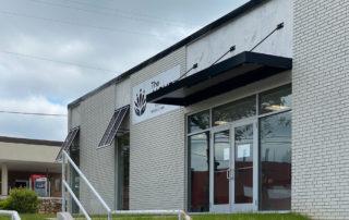 Awnex Featured Project - Architectural Canopies - The Aicher Clinic - Jasper, Georgia