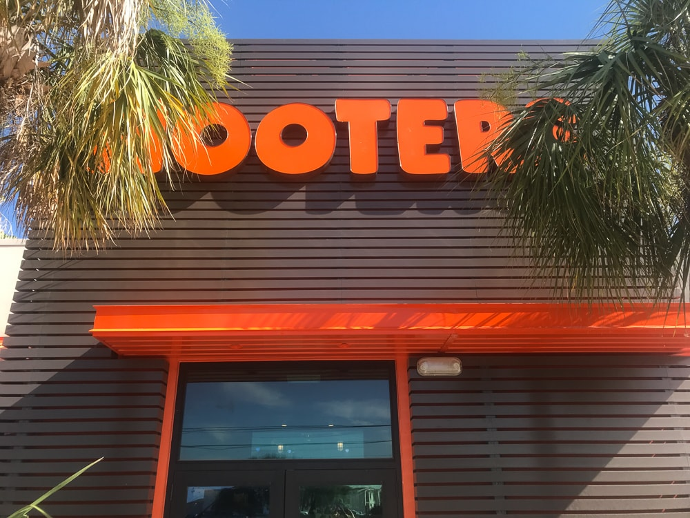 Awnex - prefabricated Architectural canopies - Hooters - Bay Town, Texas