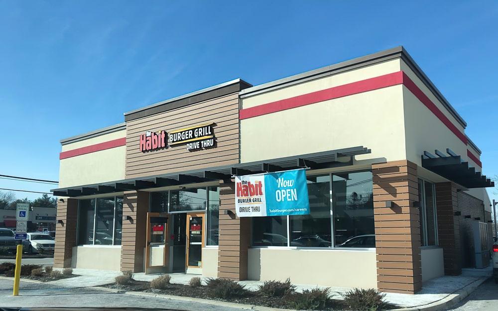 Awnex - prefabricated Architectural canopies - The Habit Burger - Florham Park, New Jersey
