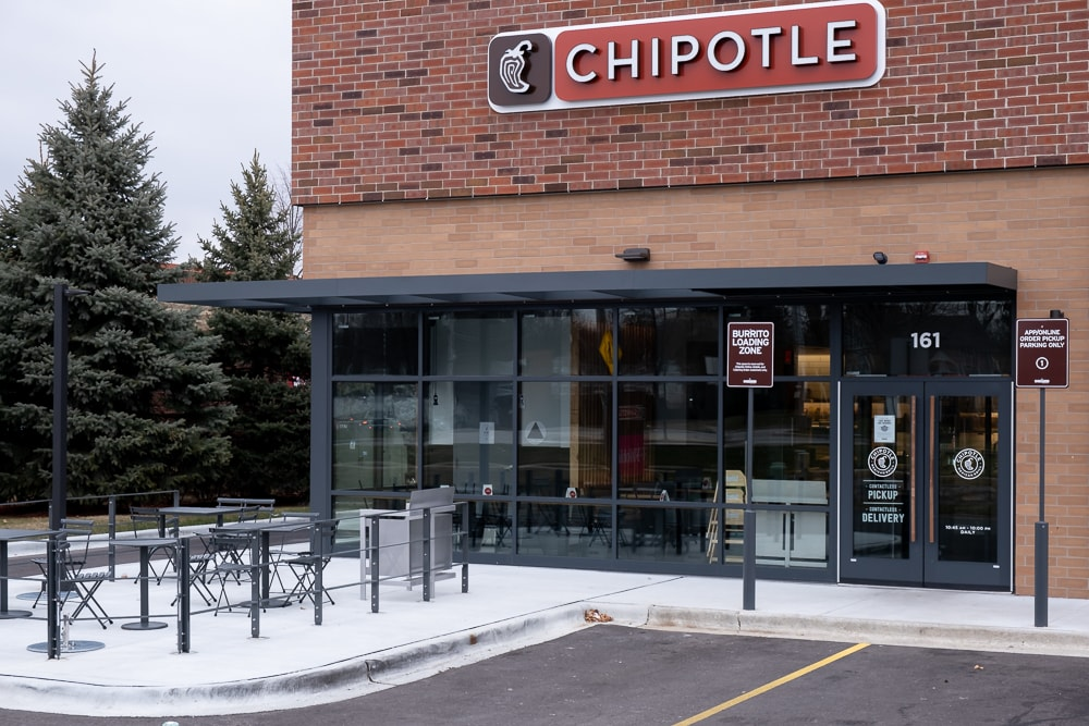 Awnex - Aluminum Architectural Cantilevered Canopies - Chipotle - Woodstock, Illinois